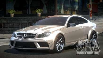 Mercedes-Benz C63 G-Tuning para GTA 4
